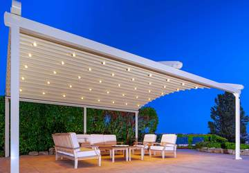 motorized-retractable-patio-deck-pergola-with-posts.jpg
