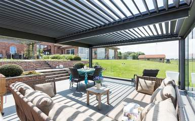 Bioclimatique Model Residential Rotating Louver Roof System. Bioclimatique.  Retractable Residential Patio ...