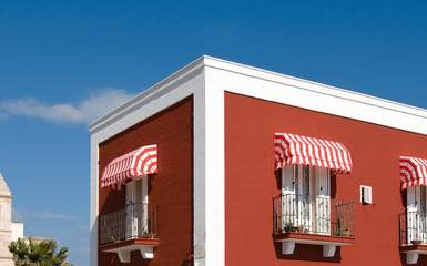 retractable-residential-apartment-building-canopy-awnings