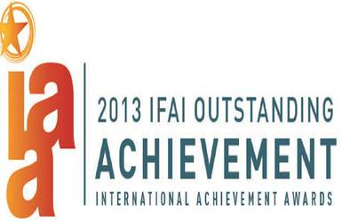 Retractableawnings.com® wins IAA International Achievement Award - 2013