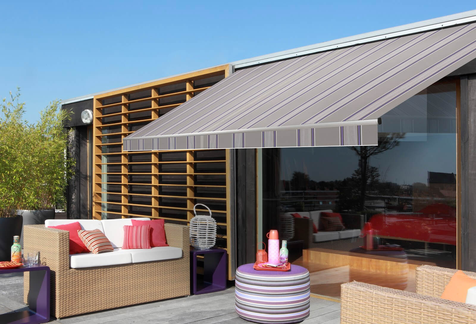 Good Reasons To Get Retractable Awnings
