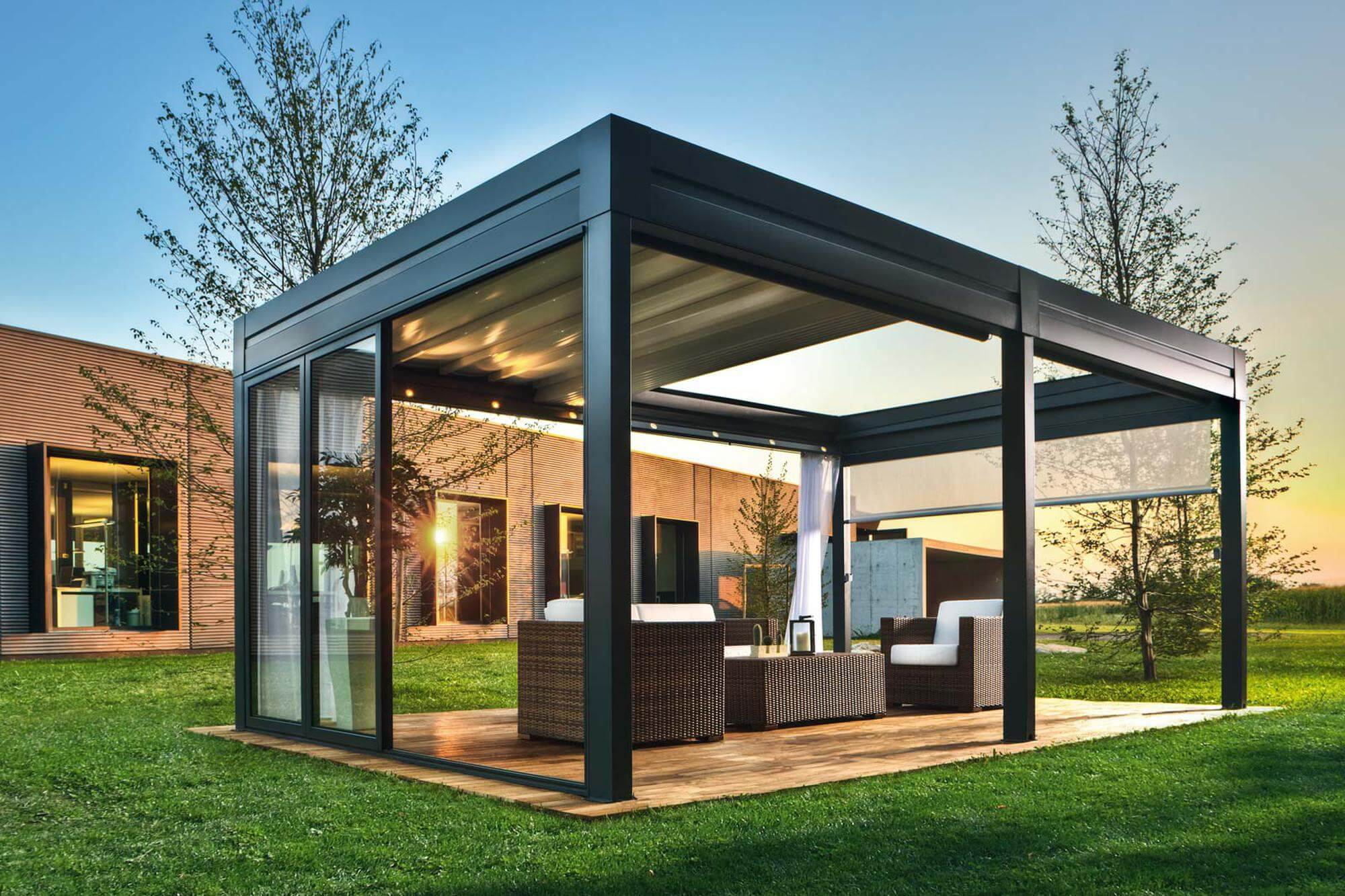 retractable-pergola-free-standing-without-lights