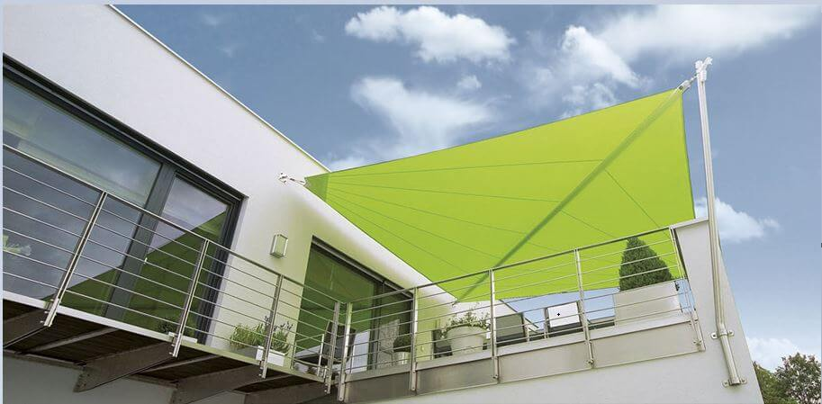 retractable-shade-sail-awning