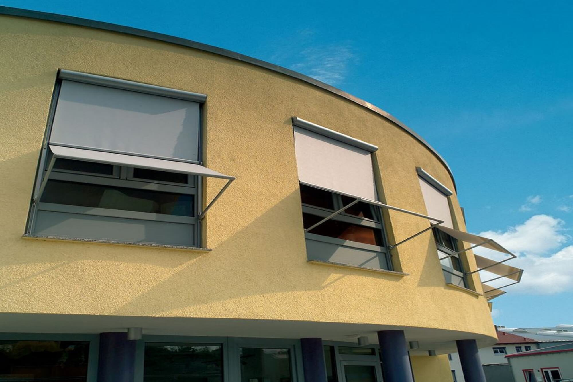 vertical-drop-angled-window-awning