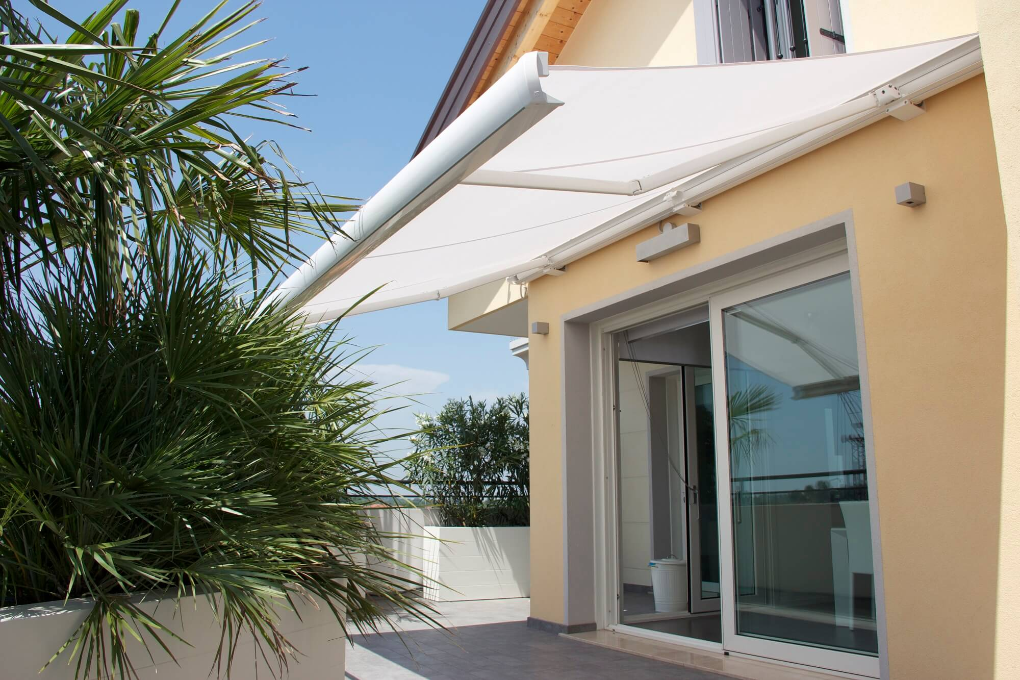 retractable awning full cassette lateral arm residential awning fully extended
