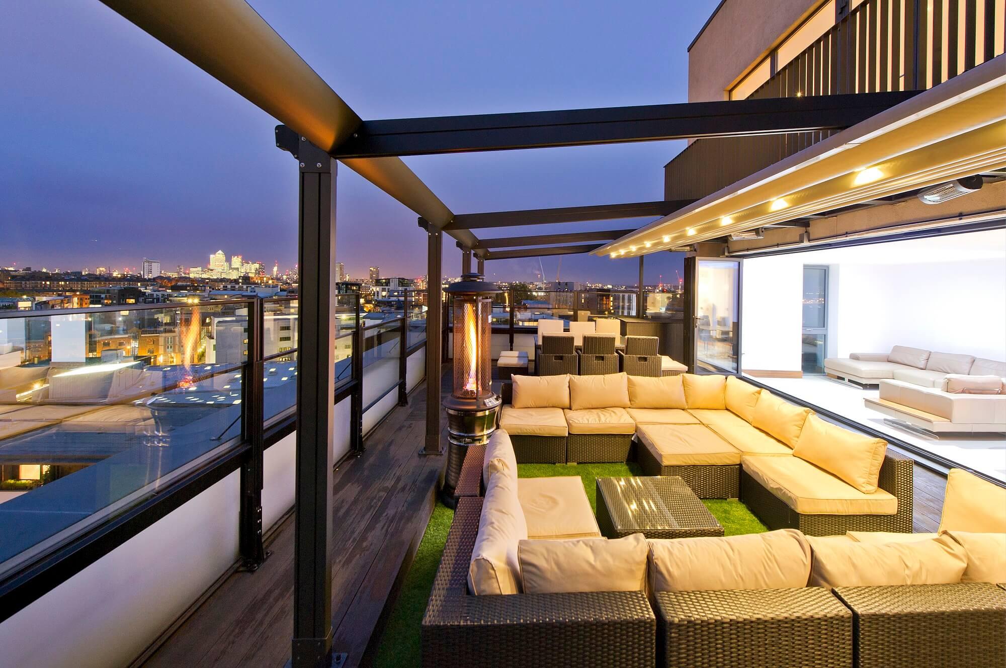 Retractable Roof Pergola | The Bursa | Roman Shade System